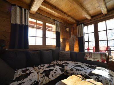 Photo for Chalet Sandettie charm, sauna, prox center and tracks, parking, deco bois -cosy