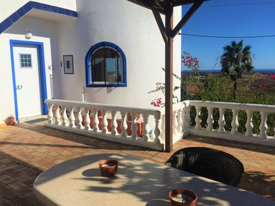 Photo for Fantastic villa with sea views, heated pool and studio