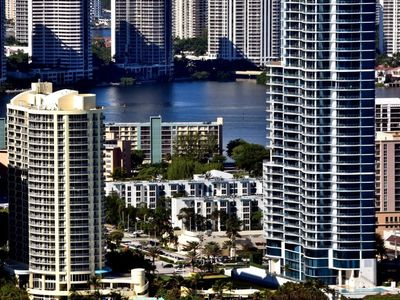 Photo for Apartment in the center of Sunny Isles Beach with Lift, Parking, Internet, Washing machine (130993)