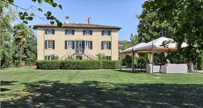 Photo for Villa in Lucca with 6 bedrooms sleeps 12