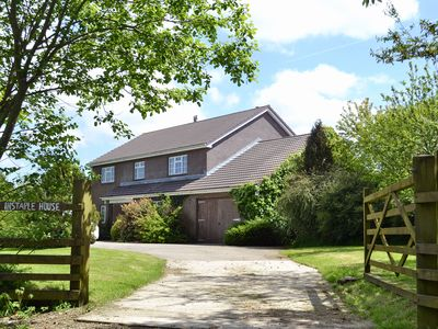 Photo for 6 bedroom accommodation in Sutcombe, near Holsworthy