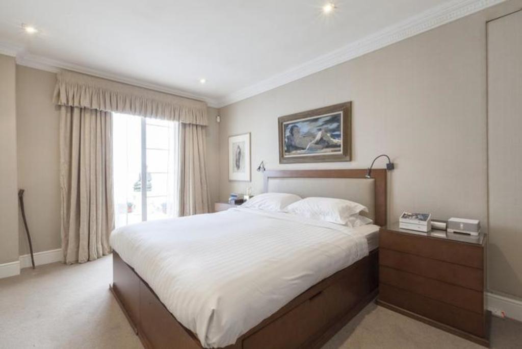 London Home 460, Beautiful 5 Star Holiday Home in a Prime Location in London - Studio Villa, Sleeps 6