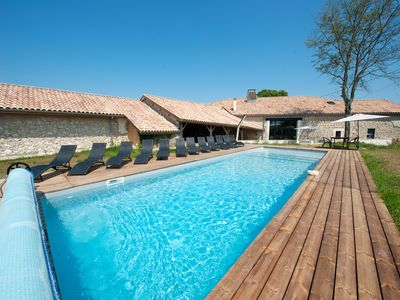 Photo for Charming cottage - 280m² - private heated pool - 5 bedrooms