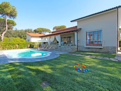 Photo for Vacation home Diva in Marina di Pietrasanta - 10 persons, 5 bedrooms