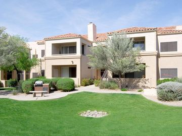 Adobe Ranch Villas, Scottsdale, AZ, USA