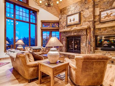 Photo for Fox Paw Lodge: Luxury Ski-In Home w/ Shuttle, Hot Tub, Pool Table & Elevator