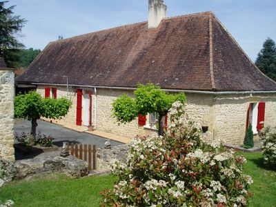 Photo for Independent house Perigord countryside near river