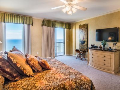 Photo for Elegance and Comfort Meet on the 27th Floor. NOW with Flexible Payments and Cancellation Options.
