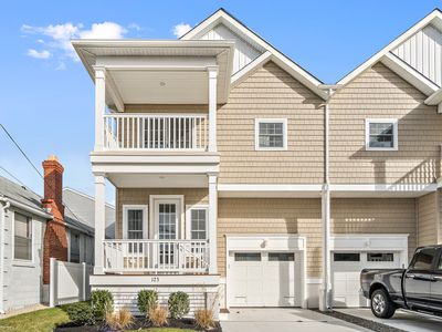 Photo for BEAUTIFUL BRAND NEW 4BR/3.5 BATH TOWNHOME AVAILABLE FOR RENT