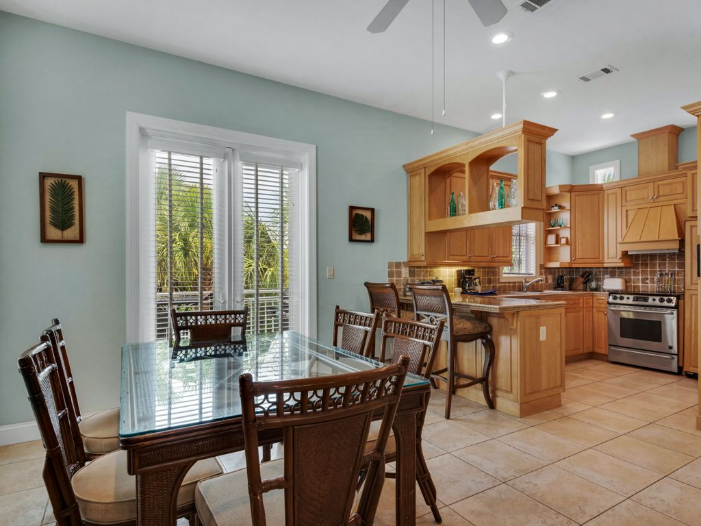 Newly Renovated 3 bedroom home PERFECT for your 2018 FAMILY BEACH VACATION!