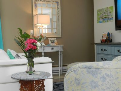 Photo for Blue Lily Cottage in the heart of Niagara Falls