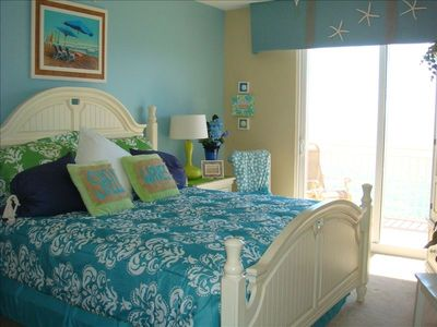 Photo for Splash Penthouse 2 BR with Bunks 2 BA with Free Beach Chairs