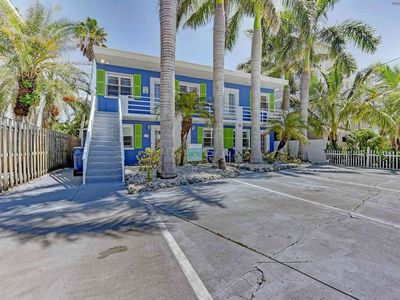 Photo for This condo is a cozy getaway for vacations close to the beach