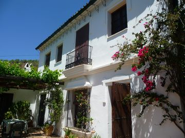 Search 1,906 holiday rentals