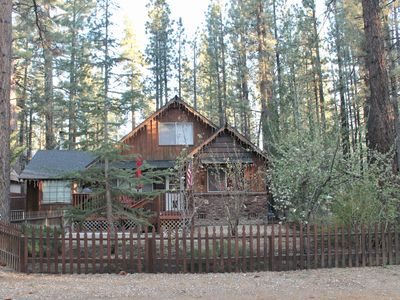 Photo for Big Bear forest retreat cabin with hot tub and pool table