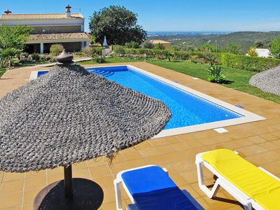 Photo for This 3-bedroom villa for up to 6 guests is located in Loule and has a private swimming pool and Wi-F