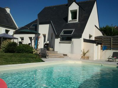 Photo for Seaside house with heated pool, beaches and shops on foot.