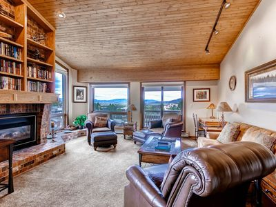 Photo for Multi-Level Condo, Great Location, Onsite Hot Tubs, Fire Pit & Summer Mtn Views