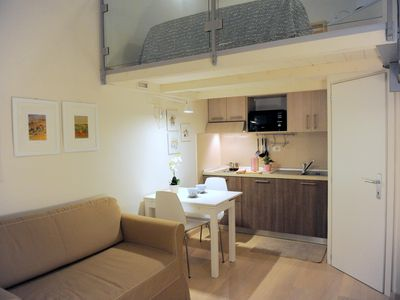 Photo for Giglio apartment in Oltrarno with WiFi & integrated air conditioning.