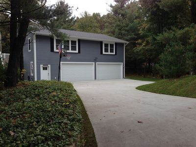 Photo for Recently constructed, expansive 1850 sq. ft., family oriented home.