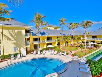 Photo for Apartment Blue water in Fort Myers Beach - 5 persons, 1 bedrooms