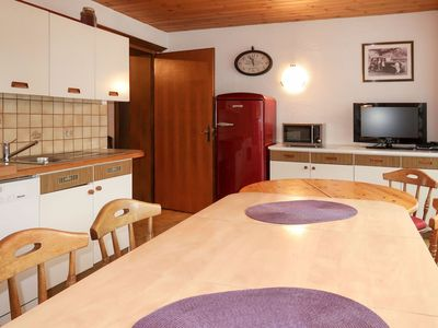 Photo for Beautiful apartment for 12 guests with WIFI, TV, balcony, pets allowed and parking