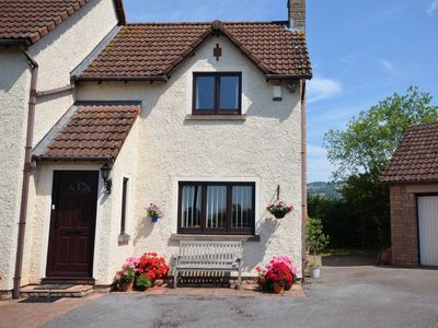 Photo for 2 bedroom Cottage in Bishops Lydeard - 41906