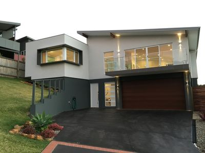 Photo for BONNIE VIEW HOLIDAY HOUSE, GERRINGONG