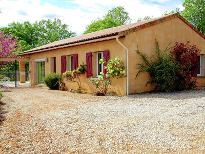 Photo for Comfortable spacious cottage with private pool and beautiful views to the south.