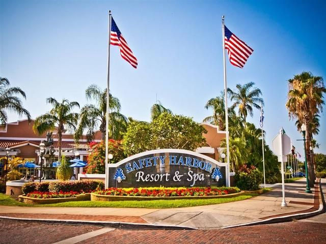 Safety Harbor Resort and Spa Signature Bayview 2 Queens, Balcony/Patio Newly Listed Resort and Spa in Safety Harbor, Florida!!