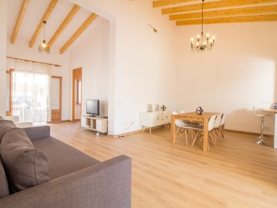 Photo for Beautiful house 100 meters from the beach with everything included