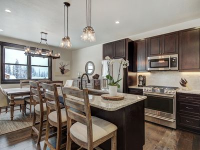 Photo for Alders 714, Amazing New Mountain Modern, washer/dryer, 2 car garage  Townhome by Summit Cove Lodging