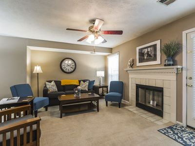 Photo for 3 Bedroom Downtown Townhouse, Close to All!