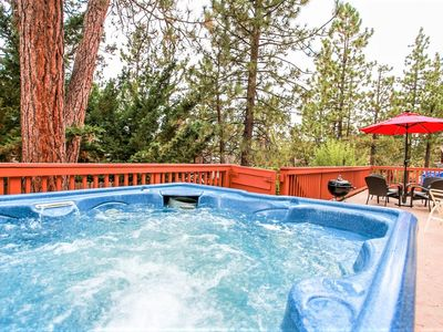 Finch Chalet Spacious Family Chalet w/ Hot Tub / Pool Table / Walk To Lake