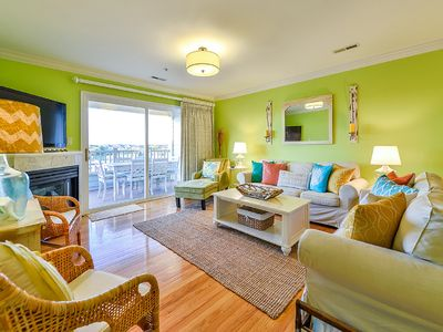 Photo for Super Clean, Family Friendly Condo On The Water!