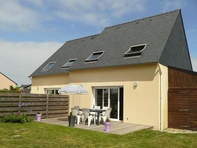 Photo for Semi-detached house, St. Pabu  in Finistère - 6 persons, 3 bedrooms
