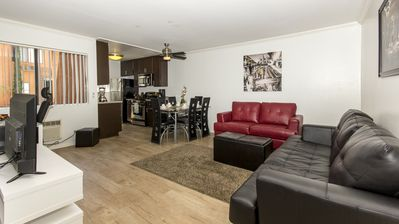 Photo for 2 bedroom Fully Furnished apt on Hollywood - N Poinsettia Pl