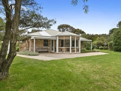 Photo for 4BR House Vacation Rental in Aireys Inlet, VIC