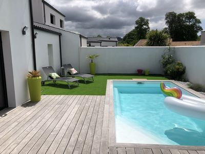Photo for Modern villa with heated pool