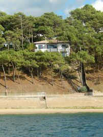 Pyla: Luxury house on the water, exceptional view of the pool / ocean