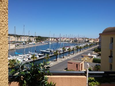 Photo for Apt. Gruissan (Aude) 4 pers terrace swimming pools