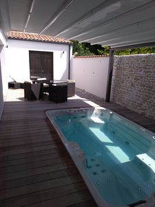 Photo for Charming house with private swim spa and sauna (short and long stays)