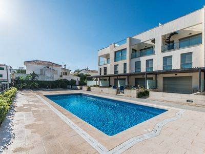 Photo for 50 meters from the beach with pool for 5 people with Tv SAT and Wi-Fi