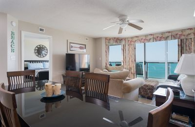 Photo for Malibu Pointe - 1204 Beautifully decorated 3-bedroom condo in Malibu Pointe.