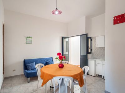 Photo for Holiday home with terrace close to the sea - Villa Tetta sul mare