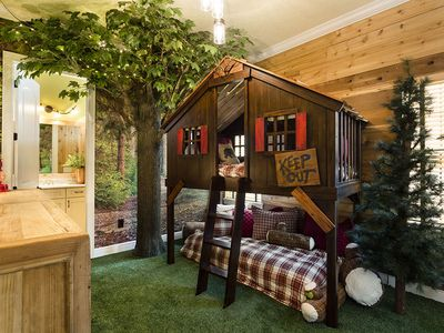 Orlando Theme Home: Every Room is a New Adv... - VRBO