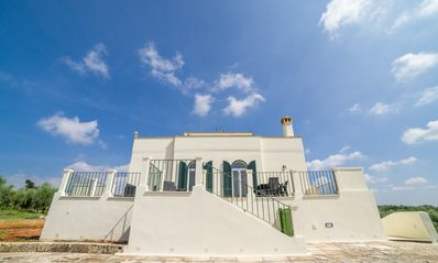 Photo for Villa immersed in an olive grove 5 km from Gallipoli