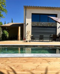 Photo for Villa pool / jacuzzi in Aix countryside
