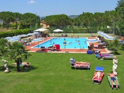 Photo for Mobile Homes Badiacca Camping Village, Castiglione del Lago  in Nördliches Umbrien - 6 persons, 2 bedrooms