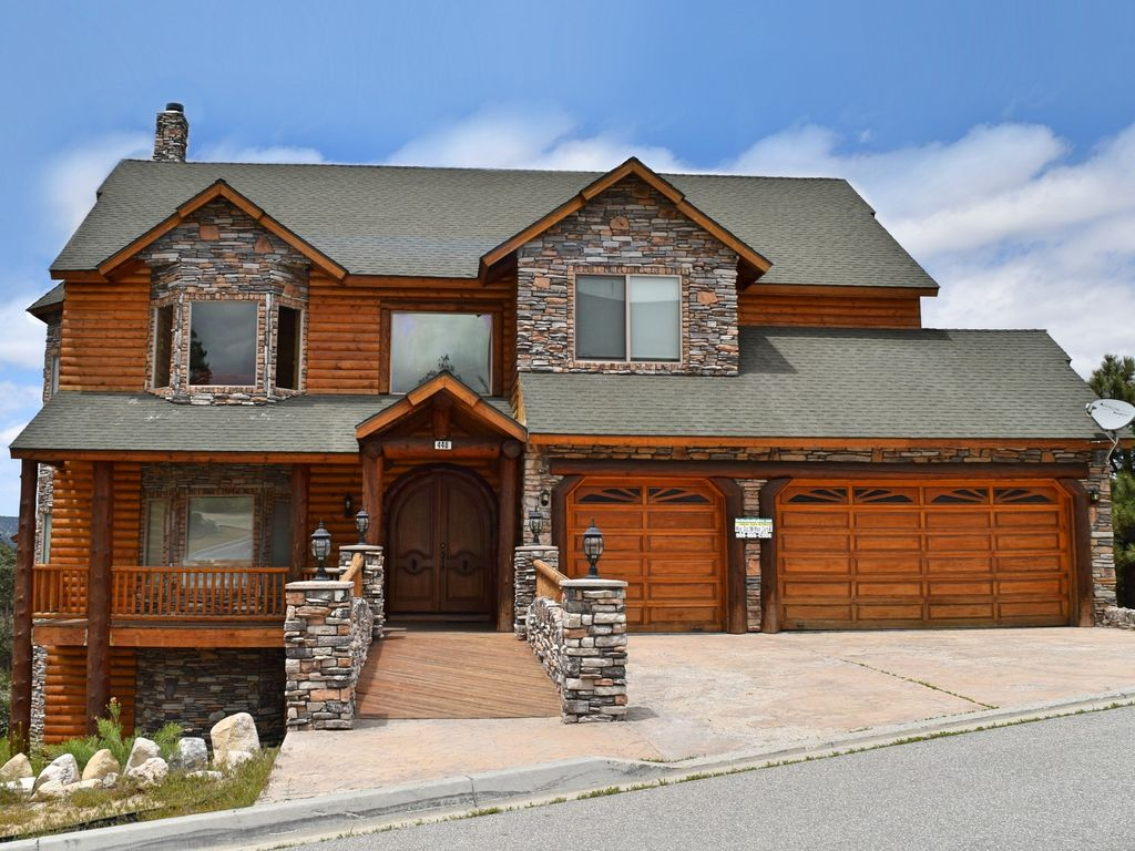 Windsong Retreat: So Luxurious! Panoramic Views! Hot Tub! Internet! Master Suite! Game Table!